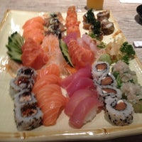 Foto tirada no(a) Kibo Sushi por Rafael V. em 8/17/2012