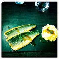 Photo taken at Singularis Restaurante by Yesbelt F. on 7/2/2011
