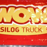 Photo taken at WOW Silog Truck by Michael Alfred B. on 3/23/2011