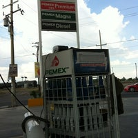 Photo taken at Gasolinera Etrafuce by Ricardo d. on 7/3/2012