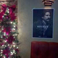 Foto tomada en Maggie's Town Tavern por Kevin H. el 12/1/2011