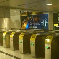 Photo taken at Las Vegas Monorail - MGM Grand Monorail Station by Yoshitake H. on 1/14/2012