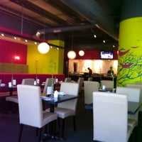 Photo taken at Blue Ocean Contemporary Sushi by Antonio C. on 5/23/2011