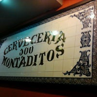 Photo taken at 100 Montaditos by Beyts V. on 10/12/2011