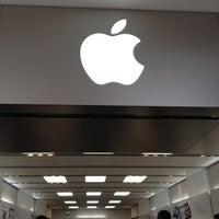 Photo taken at Apple Stoneridge Mall by MiniME on 5/27/2012