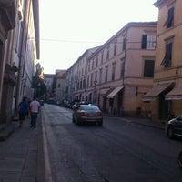 Foto scattata a Le Mura di Lucca da Andrea Z. il 8/11/2012