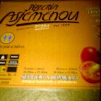Photo taken at Pizzeria Asjemenou by Pancho V. on 12/11/2011