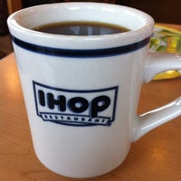 Photo taken at IHOP by Squeaky on 5/27/2011