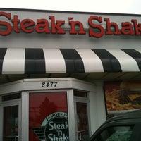 Photo taken at Steak 'n Shake by Chris W. on 1/5/2011