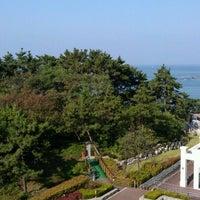 Photo taken at Daemyong Resort BYEONSAN by Kwan Hee K. on 10/7/2011