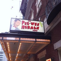 1/1/2011にTJがThe Pee Wee Herman Show on Broadwayで撮った写真