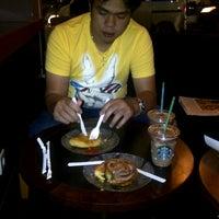 Photo taken at Starbucks by SiLvi T. on 1/13/2012