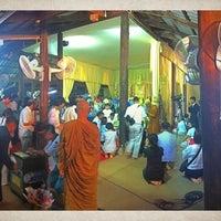 Photo taken at วัดป่าบ้านตาด (วัดเกษรศีลคุณ) Wat Pa Baan Tat by ★Guydido★ on 2/18/2011