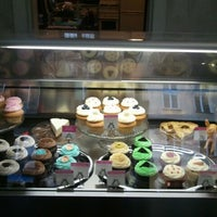 Photo taken at Cupcake Berlin by Nastia R. on 11/26/2011