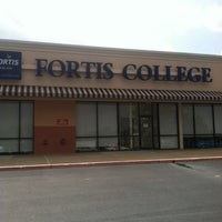 Photo taken at THIS LOCATION IS NOW CLOSED - Fortis College Mobile, Azalea Rd. by Ben H. on 8/1/2012