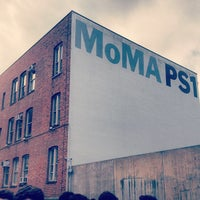 Photo taken at MoMA PS1 Contemporary Art Center by Marcelo L. on 7/22/2012