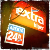 Photo taken at Extra Hiper by Rodrigo L. on 3/21/2012