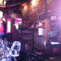 Das Foto wurde bei Travel Shack Vienna von Ken W. am 3/20/2012 aufgenommen