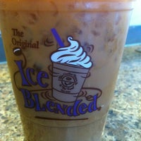 Photo taken at The Coffee Bean & Tea Leaf by Bradley B. on 8/17/2012