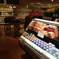 Photo taken at Lunds & Byerlys by Edward B. on 4/21/2012