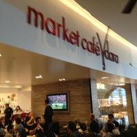 Photo taken at Market Café Vdara by Felipe A. on 1/15/2012