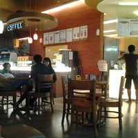 Photo taken at J.CO  Donuts & Coffee by Stefanus M. on 12/18/2011