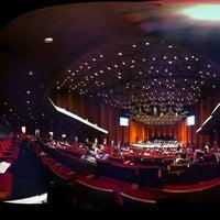 Das Foto wurde bei Jones Hall von Yang W. am 7/23/2011 aufgenommen