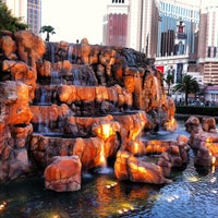 Photo taken at The Mirage Volcano by Mike M. on 7/25/2012