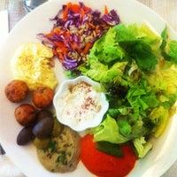 Foto scattata a Quinoa Restaurante da Alejandro S. il 1/31/2012