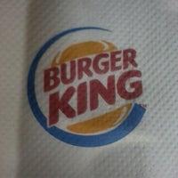 Foto tirada no(a) Burger King por Thiago B. em 7/22/2012