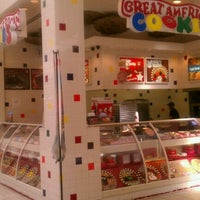 Photo taken at Great American Cookies by Sonny D. on 11/17/2011