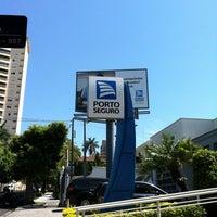 Photo taken at Centro Automotivo Porto Seguro by Regiane d. on 11/10/2011