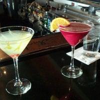 Das Foto wurde bei Twigs Bistro & Martini Bar von Mark B. am 3/12/2012 aufgenommen