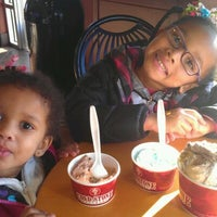 Photo taken at Cold Stone Creamery by Shonda S. on 1/27/2012