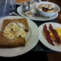 รูปภาพถ่ายที่ The Trails Neighborhood Eatery โดย LovesChickFilA เมื่อ 6/9/2012