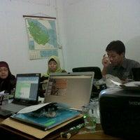 Photo taken at Kantor PLN Wilayah Riau by Harmasti R. on 7/8/2011
