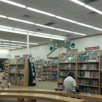 Photo taken at Barnes & Noble by Syed A. on 10/22/2011