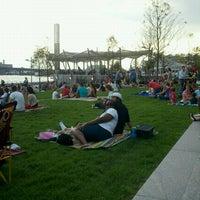 Photo prise au The Yards Park par Jennifer P. le8/19/2011