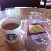 Photo taken at Starbucks by Jose G. on 9/15/2011