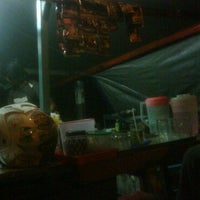 Photo taken at Warung Roti Bakar Bulungan by Paltianos on 2/22/2011