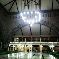 Photo taken at Masjid Ukhuwah Islamiyah (Mesjid UI) by sutikno on 7/25/2012