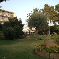 Foto tomada en Hotel Alga por Omar C. el 8/18/2012