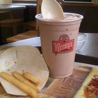 Photo taken at Wendy's by Randall S. on 8/17/2011