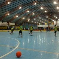 Photo taken at Gool Futsal Mangga Dua by Akang F. on 9/9/2011