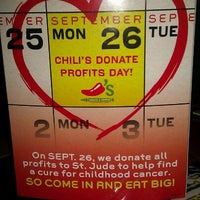 Photo taken at Chili's Grill & Bar by Jennifer H. on 9/26/2011