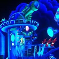 Photo taken at Buzz Lightyear's Space Ranger Spin by Frank C. on 8/17/2012