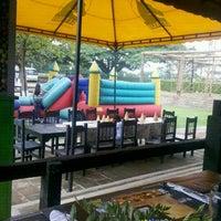 Foto tomada en Restaurante La Tinaja por Fernando O. el 3/19/2012
