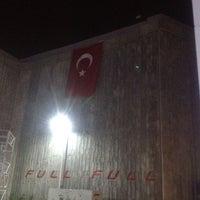 Photo taken at Full Bahçeşehir by Akif O. on 3/28/2012