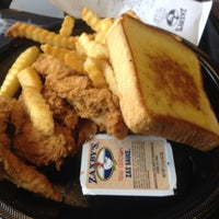 Photo taken at Zaxby's Chicken Fingers & Buffalo Wings by Tiffany on 6/11/2012