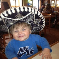 Photo taken at El Mariachi Mexican Restaurante & Cantina by andy p. on 4/2/2012